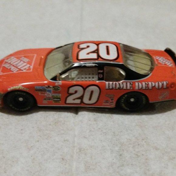 Monte carlo 2006 NASCAR 1/64 #20 home depot